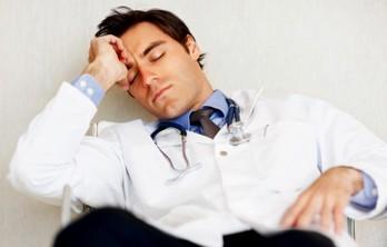 Про що говорити з лікарем поза роботою?